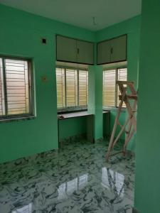 Gallery Cover Image of 700 Sq.ft 2 BHK Apartment for buy in Behala for 3000000