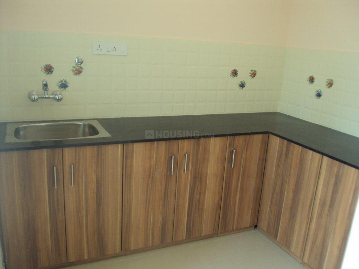 Kitchen Image of 900 Sq.ft 2 BHK Apartment for rent in Tambaram for 12000