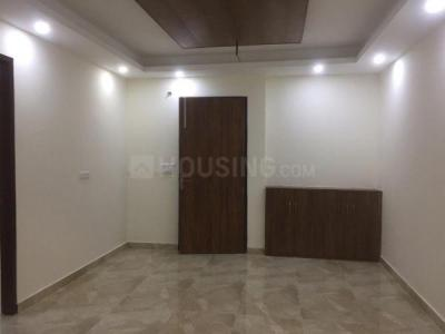 Gallery Cover Image of 1030 Sq.ft 2 BHK Independent Floor for buy in Royal Court, Sector 39 for 5500000