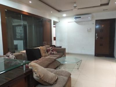 Gallery Cover Image of 980 Sq.ft 2 BHK Apartment for rent in Chinchwad for 18000