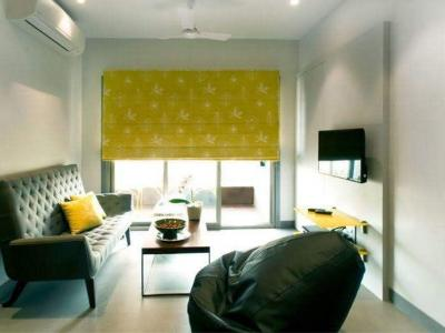 Gallery Cover Image of 1200 Sq.ft 2 BHK Apartment for rent in Cuffe Parade for 160000