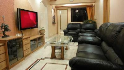 Gallery Cover Image of 1100 Sq.ft 2 BHK Apartment for rent in Parel for 75000