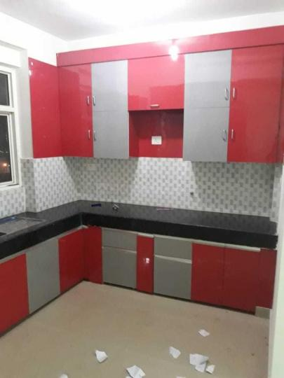 Kitchen Image of 955 Sq.ft 2 BHK Apartment for rent in Noida Extension for 7000
