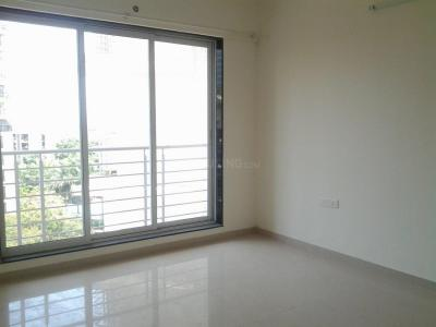 Gallery Cover Image of 1091 Sq.ft 2 BHK Apartment for rent in Kandivali East for 34900