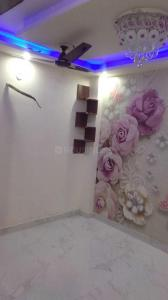 Gallery Cover Image of 750 Sq.ft 3 BHK Apartment for rent in Uttam Nagar for 11000