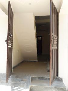 Main Entrance Image of 600 Sq.ft 2 BHK Independent House for buy in Property Vision Mansarovar Park, Lal Kuan for 1980000