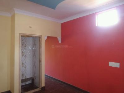 Gallery Cover Image of 700 Sq.ft 2 BHK Apartment for rent in State Bank Of India Colony for 12000