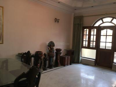 Gallery Cover Image of 2100 Sq.ft 3 BHK Apartment for buy in Sukhdev Vihar for 30000000