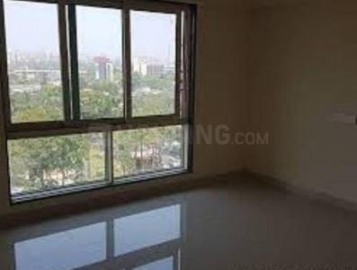 Gallery Cover Image of 650 Sq.ft 2 BHK Apartment for buy in Chembur for 19000000