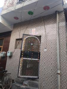 Gallery Cover Image of 400 Sq.ft 2 BHK Independent House for buy in Sehatpur for 1800000