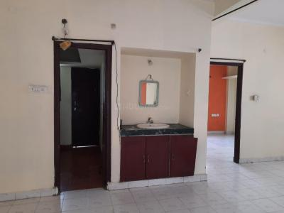 Gallery Cover Image of 840 Sq.ft 2 BHK Apartment for rent in  Sai Ram Nilayam, Kukatpally for 14000