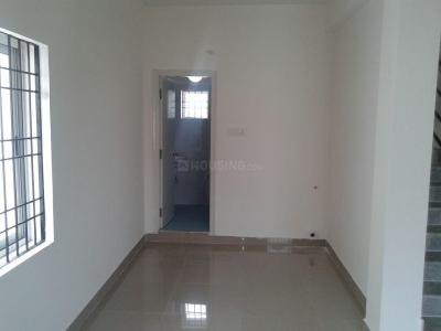 Gallery Cover Image of 2000 Sq.ft 2 BHK Independent House for rent in Thandalam for 20000