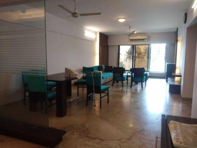 Gallery Cover Image of 1700 Sq.ft 3 BHK Apartment for rent in Juhu for 235000