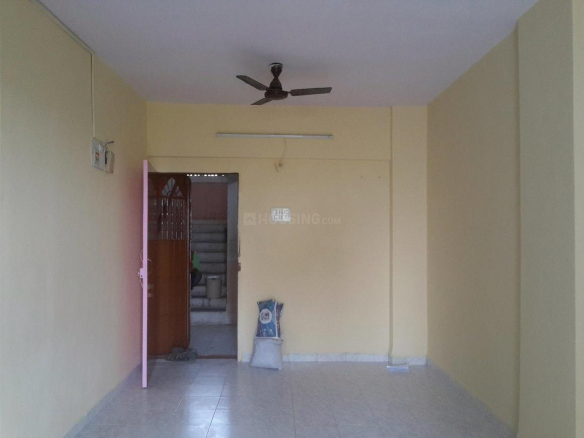 Living Room Image of 675 Sq.ft 1 BHK Apartment for buy in Airoli for 6750000