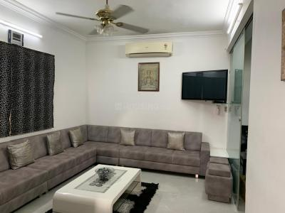 Gallery Cover Image of 1233 Sq.ft 4 BHK Independent House for buy in Sola Village for 22000000