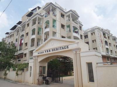 Gallery Cover Image of 1980 Sq.ft 3 BHK Apartment for rent in Innovative Petals, Mahadevapura for 35000