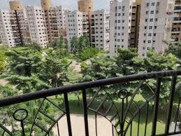 Balcony Image of 1200 Sq.ft 2 BHK Apartment for buy in Magarpatta Jasminium, Magarpatta City for 9800000