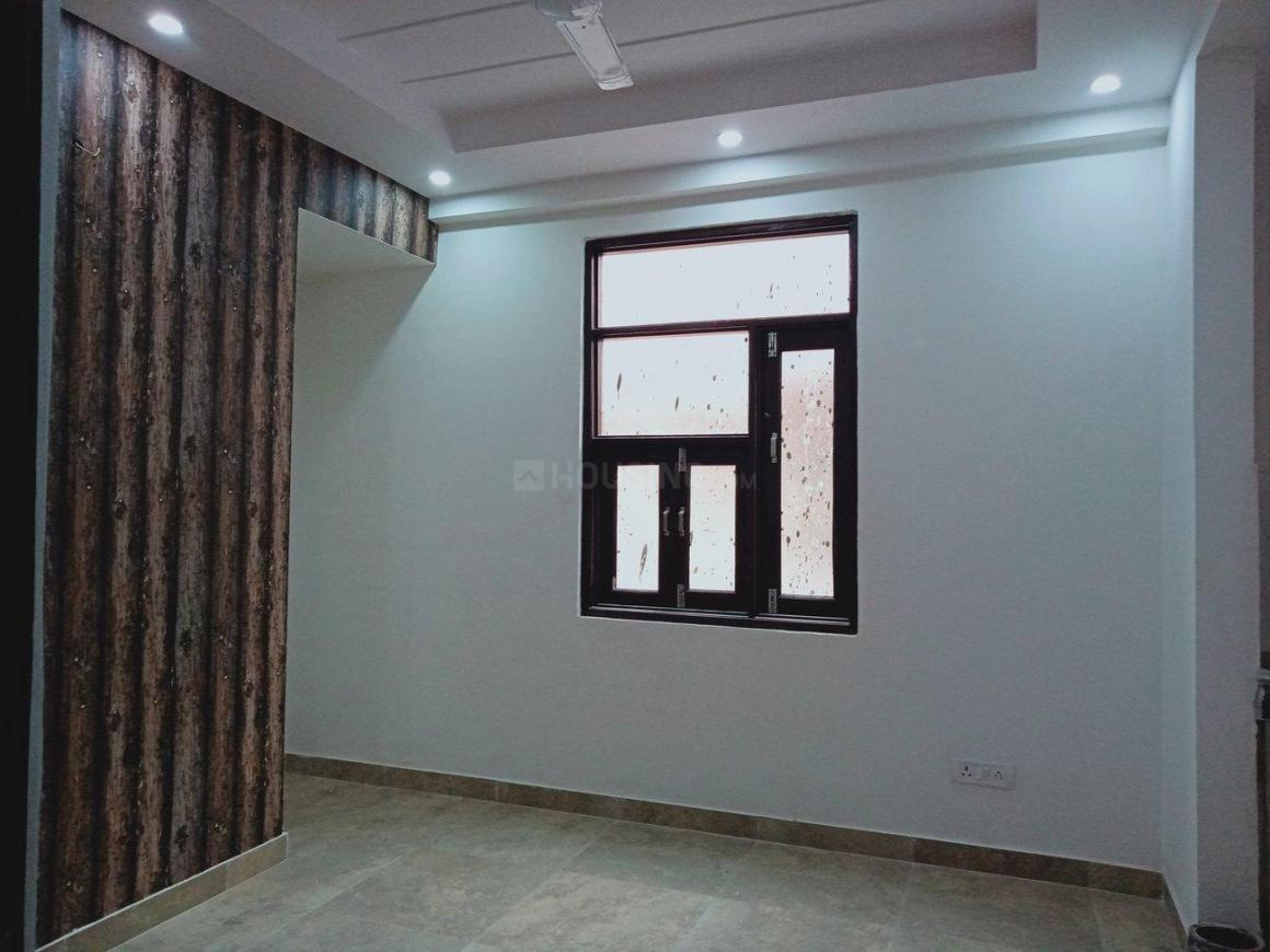 Living Room Image of 700 Sq.ft 2 BHK Apartment for buy in Chhattarpur for 2650000
