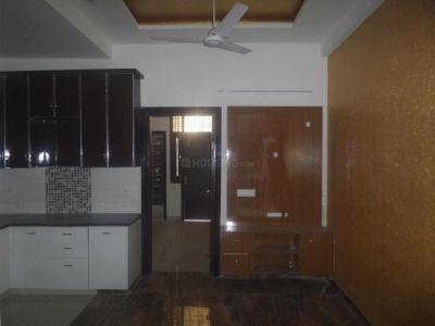 Gallery Cover Image of 700 Sq.ft 2 BHK Apartment for buy in New Ashok Nagar for 2500000