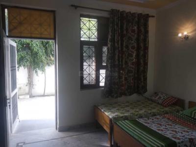 Bedroom Image of Balaji Girls PG in Sector 15