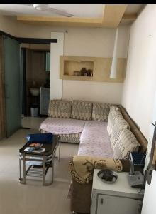 Gallery Cover Image of 950 Sq.ft 2 BHK Apartment for rent in Colaba for 95000