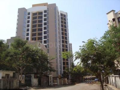 Gallery Cover Image of 1050 Sq.ft 2 BHK Apartment for rent in Riddhi Tower, Malad East for 42000