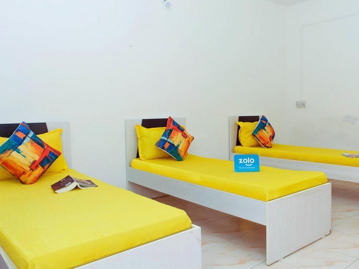एग्मोरे में ज़ोलो पेंटोस के बेडरूम की तस्वीर