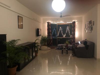 Gallery Cover Image of 1400 Sq.ft 3 BHK Apartment for rent in Runwal Symphony, Santacruz East for 74000