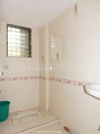 Common Bathroom Image of 960 Sq.ft 2 BHK Apartment for rent in Kamothe for 15000