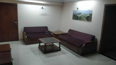 Gallery Cover Image of 1500 Sq.ft 2 BHK Apartment for rent in Santacruz West for 65000