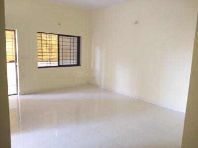 Gallery Cover Image of 970 Sq.ft 2 BHK Apartment for rent in Sterling Residency, Shivaji Nagar for 9000