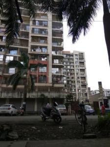 Gallery Cover Image of 1250 Sq.ft 3 BHK Apartment for rent in Unique Height, Mira Road East for 28000