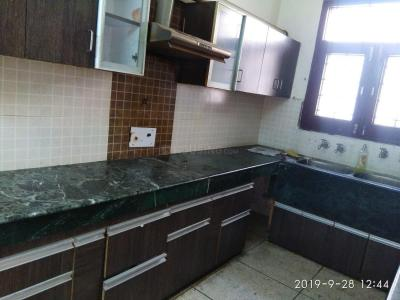 Gallery Cover Image of 1750 Sq.ft 3 BHK Independent Floor for rent in Sector 112 for 25000