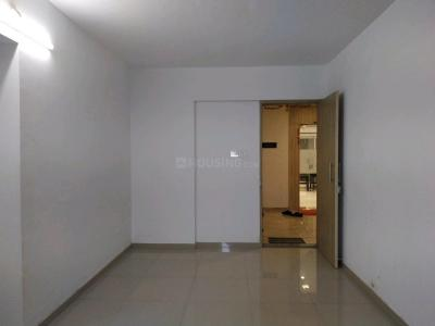 Gallery Cover Image of 750 Sq.ft 1 BHK Apartment for buy in Mira Road East for 5800000