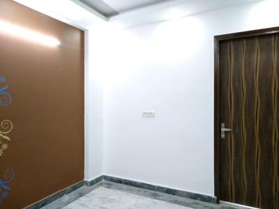 Gallery Cover Image of 540 Sq.ft 2 BHK Apartment for buy in Razapur Khurd for 2200000
