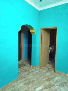 Gallery Cover Image of 570 Sq.ft 2 BHK Independent House for rent in Kolathur for 9500