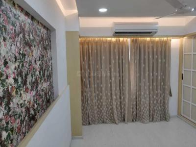 Gallery Cover Image of 1370 Sq.ft 3 BHK Apartment for rent in Hiranandani Brentwood, Powai for 110000