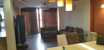Gallery Cover Image of 2000 Sq.ft 3 BHK Independent Floor for rent in Jangpura for 85000