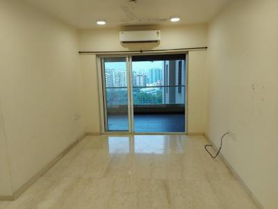 Gallery Cover Image of 1800 Sq.ft 3 BHK Apartment for rent in Andheri West for 140000