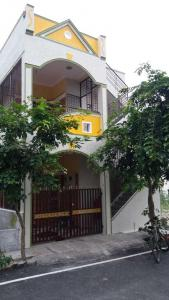 Gallery Cover Image of 880 Sq.ft 2 BHK Independent House for buy in Krishnarajapura for 8000000