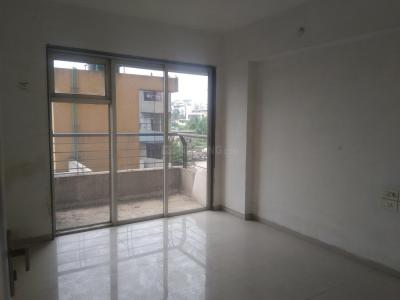 Gallery Cover Image of 1250 Sq.ft 3 BHK Apartment for rent in Mhatre Nagar for 17000