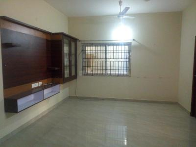 Gallery Cover Image of 1200 Sq.ft 2 BHK Apartment for rent in Chromepet for 15000
