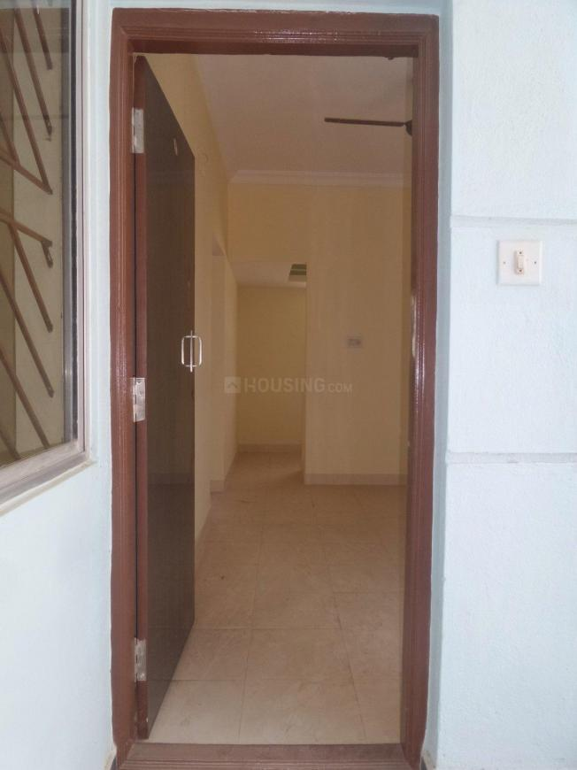 Main Entrance Image of 650 Sq.ft 1 BHK Apartment for buy in Yemalur for 3500000