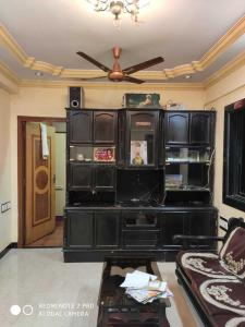 Gallery Cover Image of 1200 Sq.ft 2 BHK Apartment for rent in Airoli for 32000