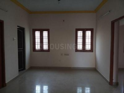 Gallery Cover Image of 1000 Sq.ft 2 BHK Apartment for rent in Ramapuram for 15000