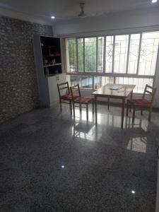 Gallery Cover Image of 1250 Sq.ft 3 BHK Apartment for rent in Andheri West for 67000
