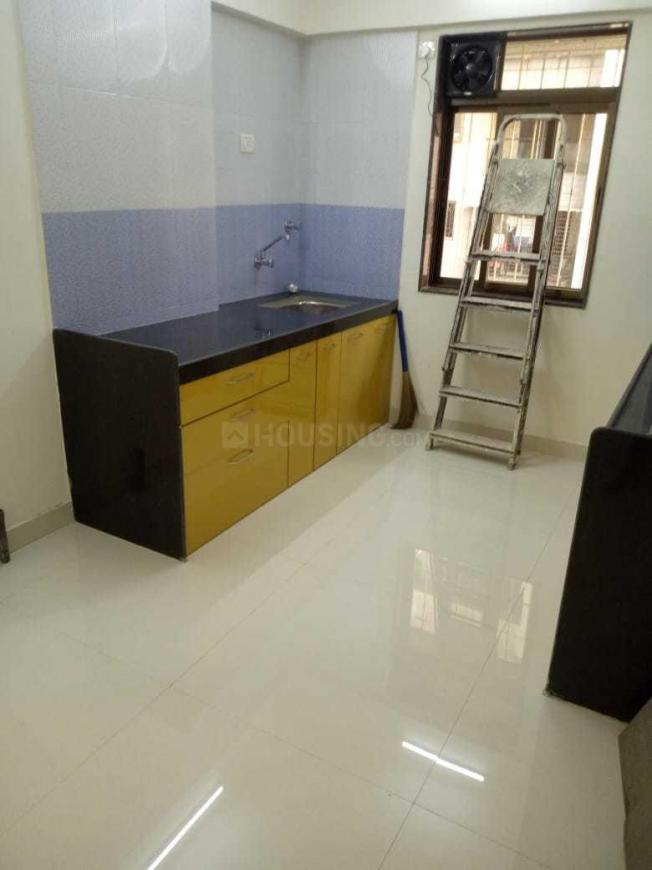 Kitchen Image of 1115 Sq.ft 2 BHK Apartment for buy in Chembur for 15000000