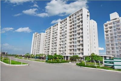Gallery Cover Image of 3700 Sq.ft 4 BHK Apartment for buy in Jaypee The Imperial Court, Sector 128 for 24000000