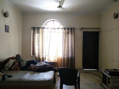 Gallery Cover Image of 1350 Sq.ft 2 BHK Apartment for rent in Sector 14 for 32000