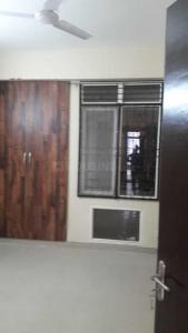 Gallery Cover Image of 1665 Sq.ft 3 BHK Apartment for rent in Sector 135 for 16000